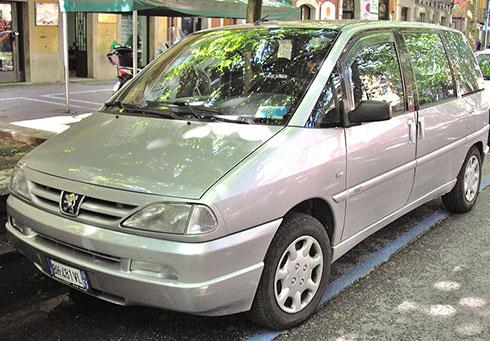 minivan-2-1.jpg